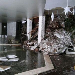 """Hotel Rigopiano, il direttore: """"Ero fuori per chiamare i soccorsi, spazzaneve mai arrivato"""""""