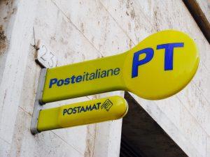 Padova, rapinano le poste: beffati dalla cassaforte a tempo