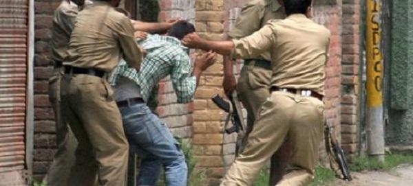 India choc: 16enne uccide bimbo, ne mangia la carne e beve il sangue
