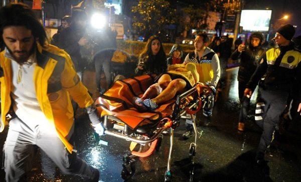 """Attentato Istanbul, italiani nel locale: """"Ci siamo salvati buttandoci a terra"""""""