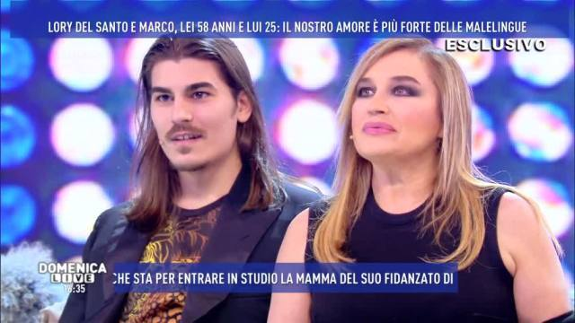 """Lory Del Santo con Marco Cucolo da Barbara D'Urso: """"Mia suocera è più giovane di me"""""""