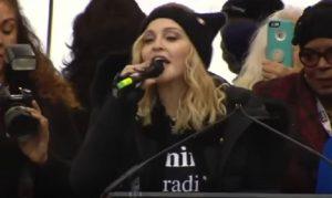 YOUTUBE Madonna alla Marcia delle donne: parolacce in diretta e le tv...