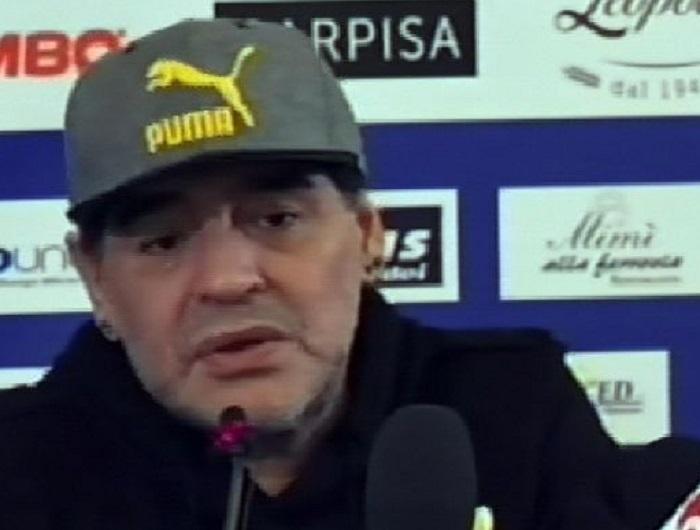 YOUTUBE Maradona con Siani ricorda Napoli, i tifosi, lo scudetto…