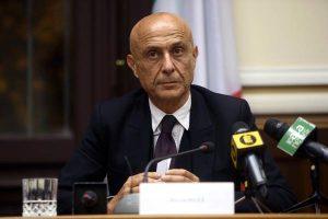 """Immigrazione, ministro Marco Minniti: """"Sicurezza è parola di sinistra"""""""