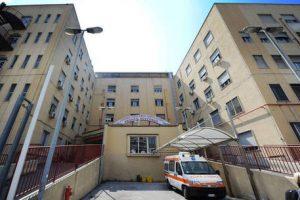 Napoli, Tac rotta in ospedale: donna muore per emorragia cerebrale