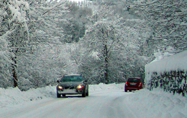 L'italia nella morsa del gelo: neve e forte vento<br /> Scuole e strade chiuse al Centro-Sud: l'elenco