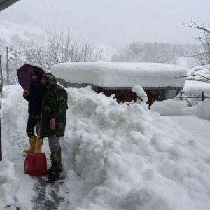 Terremoto, crolli a Campotosto, Laringo e Montereale. Persone intrappolate in casa dalla neve