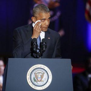 """Barack Obama, ultimo saluto: """"Yes we can. Non mi fermo qui"""""""