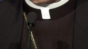 Don Andrea Contin, un altro sacerdote avrebbe filmato incontri di gruppo
