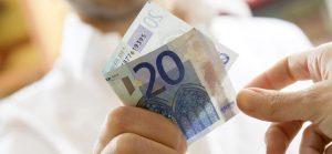 La Finlandia sperimenta il reddito minimo garantito: 560 euro al mese
