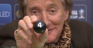 Rod Stewart alticcio al sorteggio per la Scottish Cup