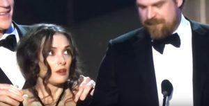 Winona Ryder premiata, le sue espressioni facciali sono virali