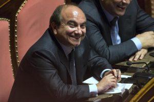 Domenico Scilipoti, ve lo ricordate? Adesso lavora per la Nato