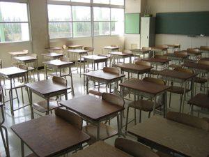"""Scuole al freddo a Roma: """"In classe 8 gradi"""". Studenti rimandati a casa"""