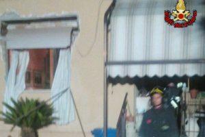 Sermoneta (Latina), esplode appartamento per fuga di gas: gravi mamma e figlia