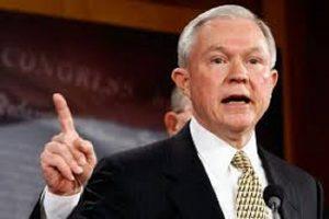"""Non c'è via giudiziaria per la politica in Usa, parola di Jeff Sessions, aveva detto: """"La Clinton va arrestata"""""""