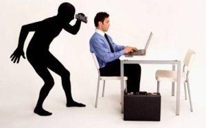 """""""Attento, si avvicina il capo"""". Software guarda le spalle ai fannulloni"""