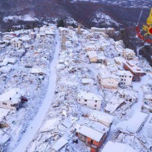 Terremoto Visso, dopo il terremoto la neve: ancora scosse e maltempo