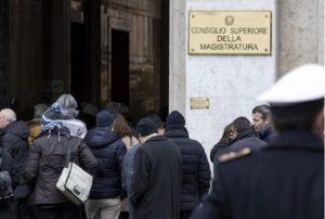 Terremoto Roma: crepe nei palazzi, sopralluoghi vigili del fuoco