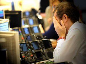 Borse Ue in rosso: Milano peggiore, chiude a -2,95%