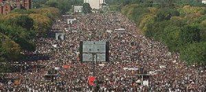 Donald Trump, 2,5 mln di donne in marcia in tutto il mondo ocntro il presidente Usa