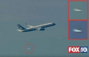 """YOUTUBE """"UFO sorvola aereo di Donald Trump"""": oggetto non identificato"""