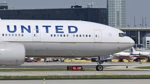 Usa, intrappolato nella stiva dell'aereo United Airlines vola dal North Carolina in Virginia