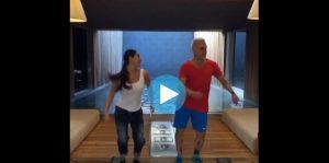 Gianluca Vacchi balla su Instagram: poi con la bicicletta....VIDEO