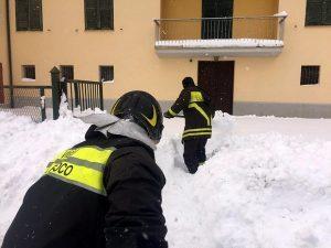 Terremoto centro Italia, salvati due cugini dalle macerie a Castiglione Messer Raimondo