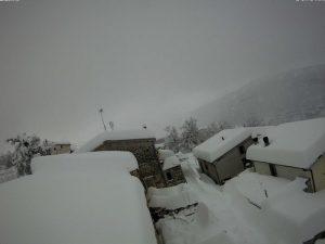 """Previsioni meteo, allerta della protezione civile: """"Ancora forte maltempo e nevicate"""""""