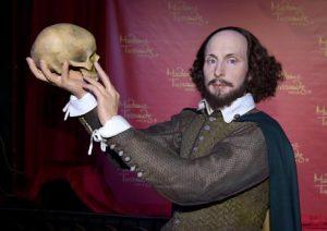 Shakespeare scrisse Amleto nel 1603: il mistero del vero autore, come Grillo e Casaleggio...