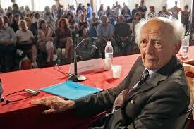 Zygmunt Bauman è morto, addio al filosofo e teorico della società liquida