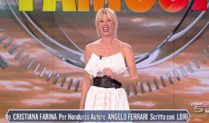 Isola dei famosi, Alessia Marcuzzi in n**e look