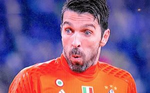 Juventus-Inter, la faccia terrorizzata di Buffon dopo occasione Joao Mario