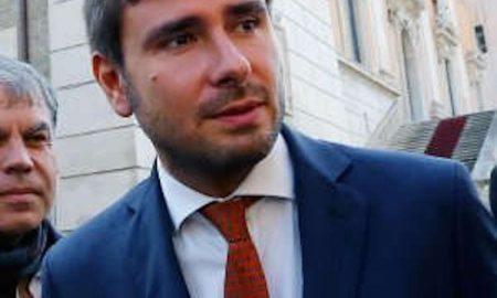 """Alessandro Di Battista: """"Lo stadio della Roma si farà""""Alessandro Di Battista: """"Lo stadio della Roma si farà"""""""