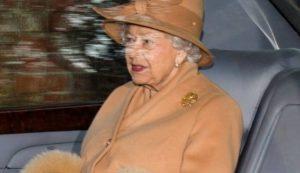 Regina Elisabetta non vuole incontrare Trump: la lettera dell'ex funzionario Ricketts al Times