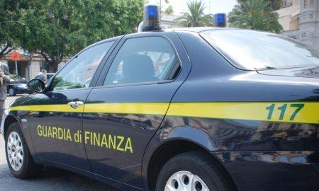 Castellammare di Stabia, 50 kg di droga nel cofano: arrestato medico