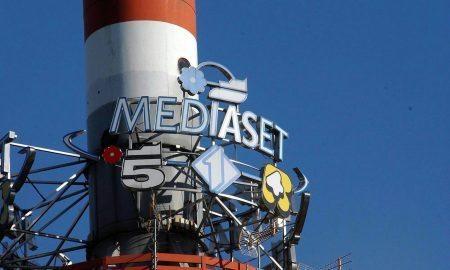 Il cielo in mezza stanza: presto Mediaset abbandonerà Roma?