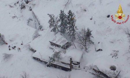 Hotel Rigopiano, valanga causata da uno strato di neve di tre metri