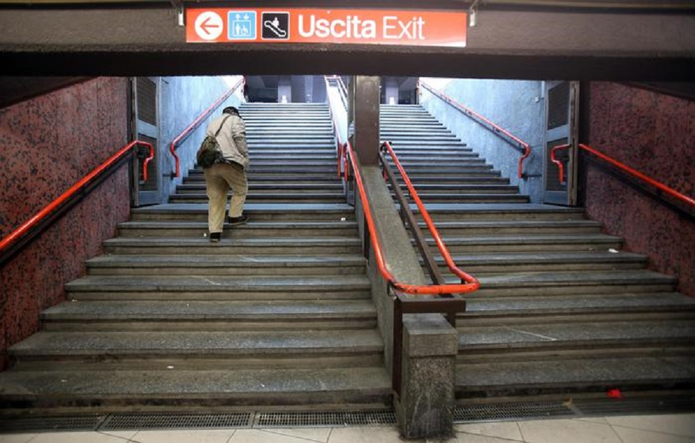 Roma, allarme bomba sulla metro A: servizio sospeso per 1 ora