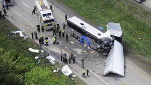Honduras: camion contro bus, almeno 16 morti