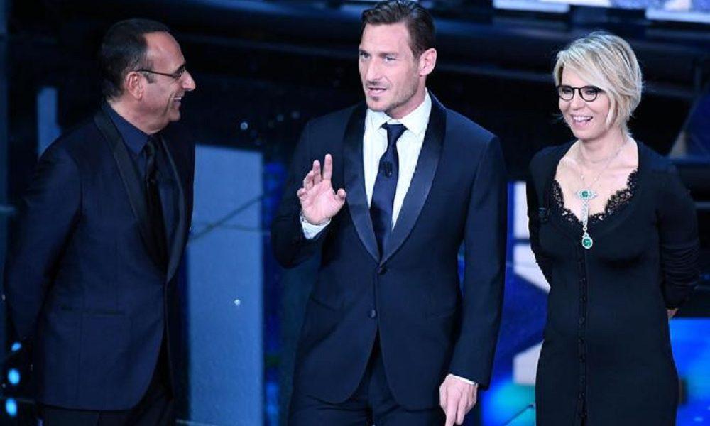Gossip: Francesco Totti presentatore a Sanremo tra gaffe e risate