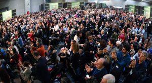 """Lingotto, Matteo Renzi attacca gli scissionisti: """"Comunità Pd non si rompe"""""""