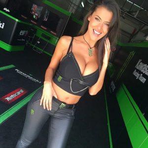 Eva Padlock, ombrellina della Superbike e quelle foto su Instagram...