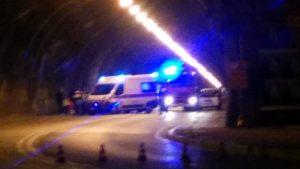Trieste, Bmw sbanda in galleria: travolge scooter e uccide 26enne