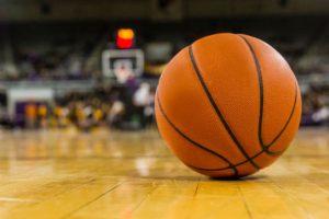 Treviso, si accascia durante una partita di basket: 16enne è in coma