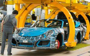 Porsche, maxi bonus a tutti i dipendenti: 9.111 euro