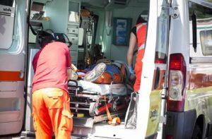 Milano: schianto tra auto e moto. Morta una ragazza di 20 anni