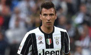 Juventus, emergenza attacco: Mandzukic a forte rischio per Napoli