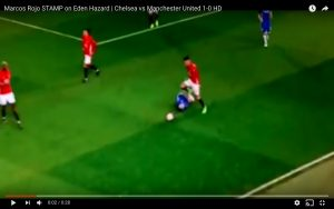 Chelsea-Manchester United, Rojo calpesta Eden Hazard (VIDEO)